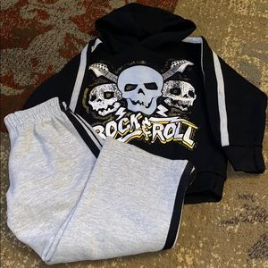 Rock and roll Skull outfit size 4T